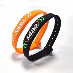 13.56MHZ adjustable silicone rfid wristband